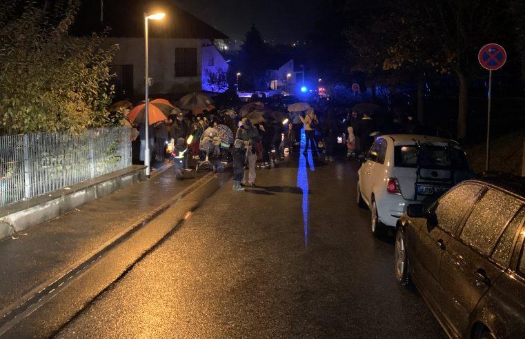 Absicherung Martinsumzug der Kindergärten des Stadtteils Sandbach