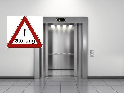 H1Y – Person im Aufzug